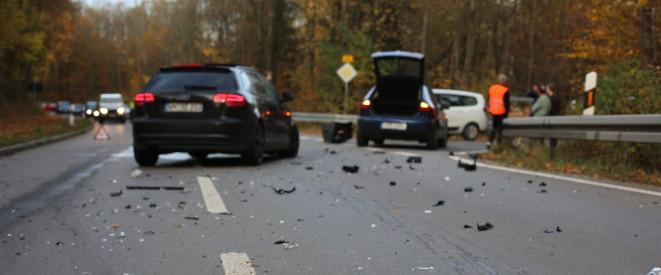 Verhalten bei einem Autounfall: So gehen Sie vor