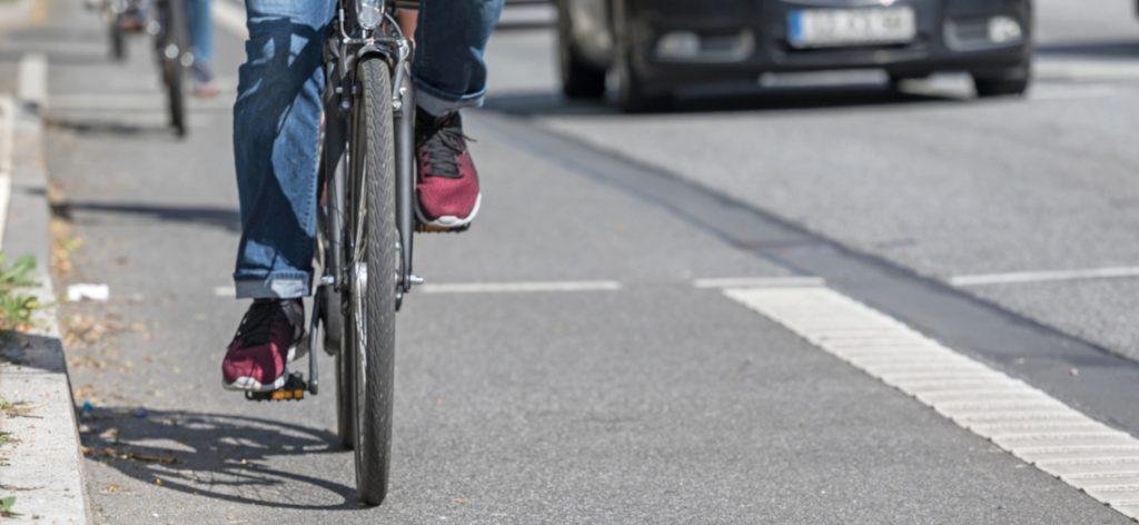 Nahaufnahme eines Radfahrers