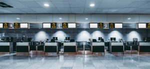 Leere Flughafen Terminals