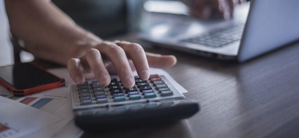 Kurzarbeit und Kurzarbeitergeld 2021: Infos für Arbeitnehmer